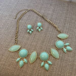 Jewelry - Vintage Necklace and Jewelry Set Turquoise Gold